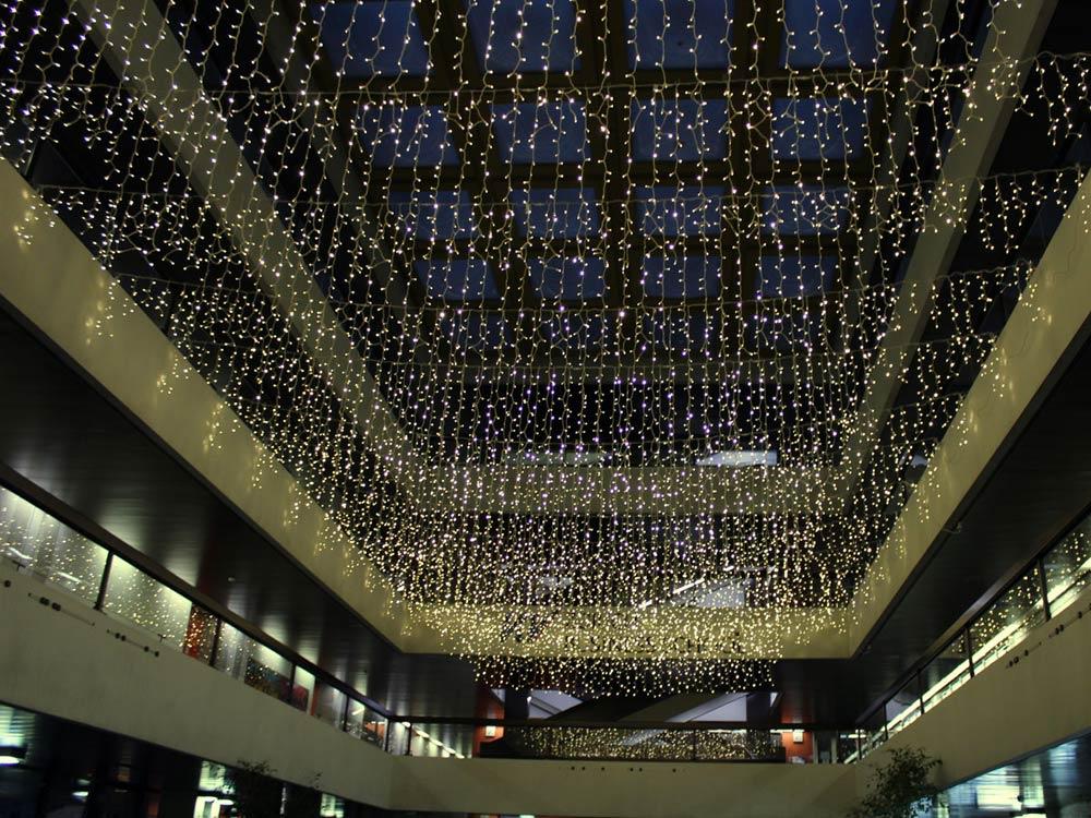 Zürich Weihnachtsbeleuchtung.Baldachin Bahnhofstraße Apesa