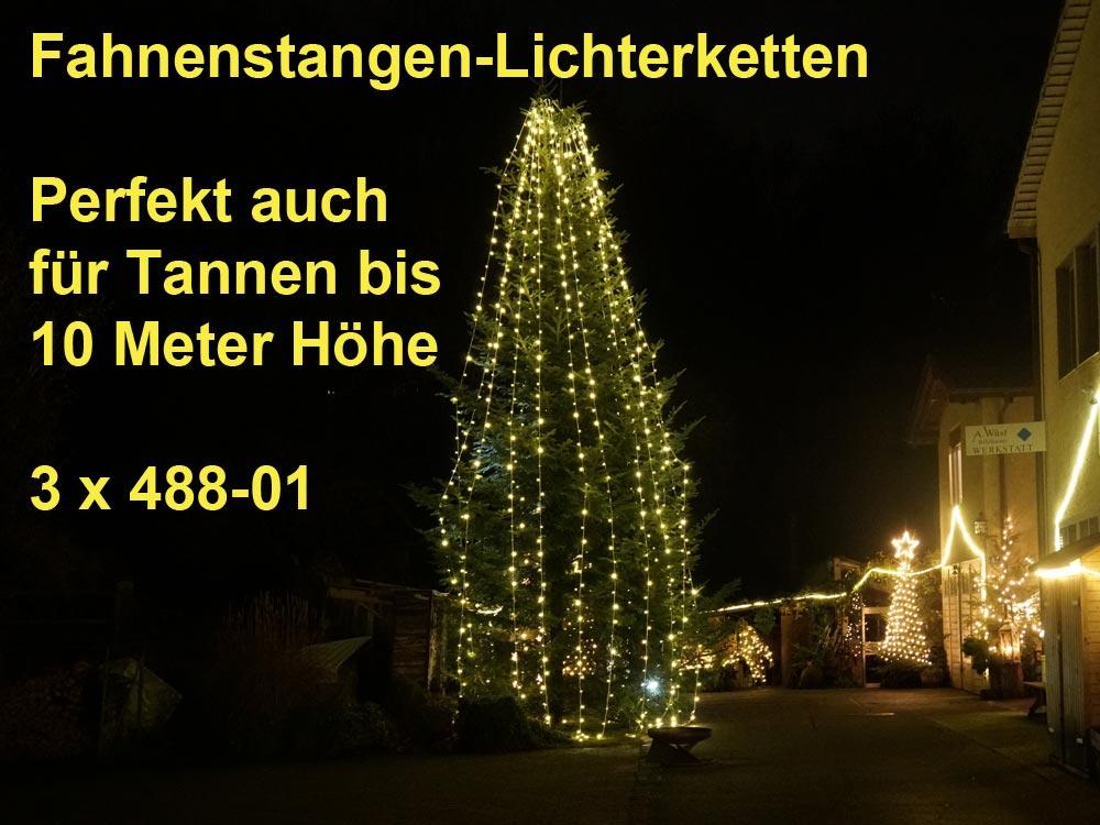 Fahnenstangen werden mit Lichterketten zum Weihnachtsbaum oder ganze Tannen werden zum Weihnachtsbaum