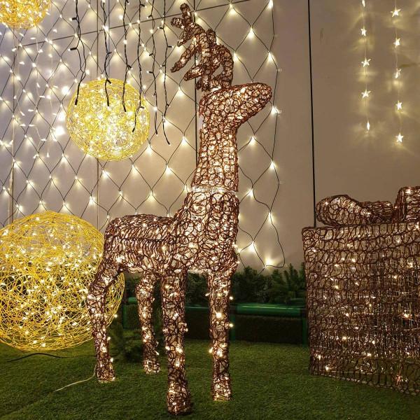 Rentier stehend, 400 warmweisse LED Twinkle, Schmuckfigur