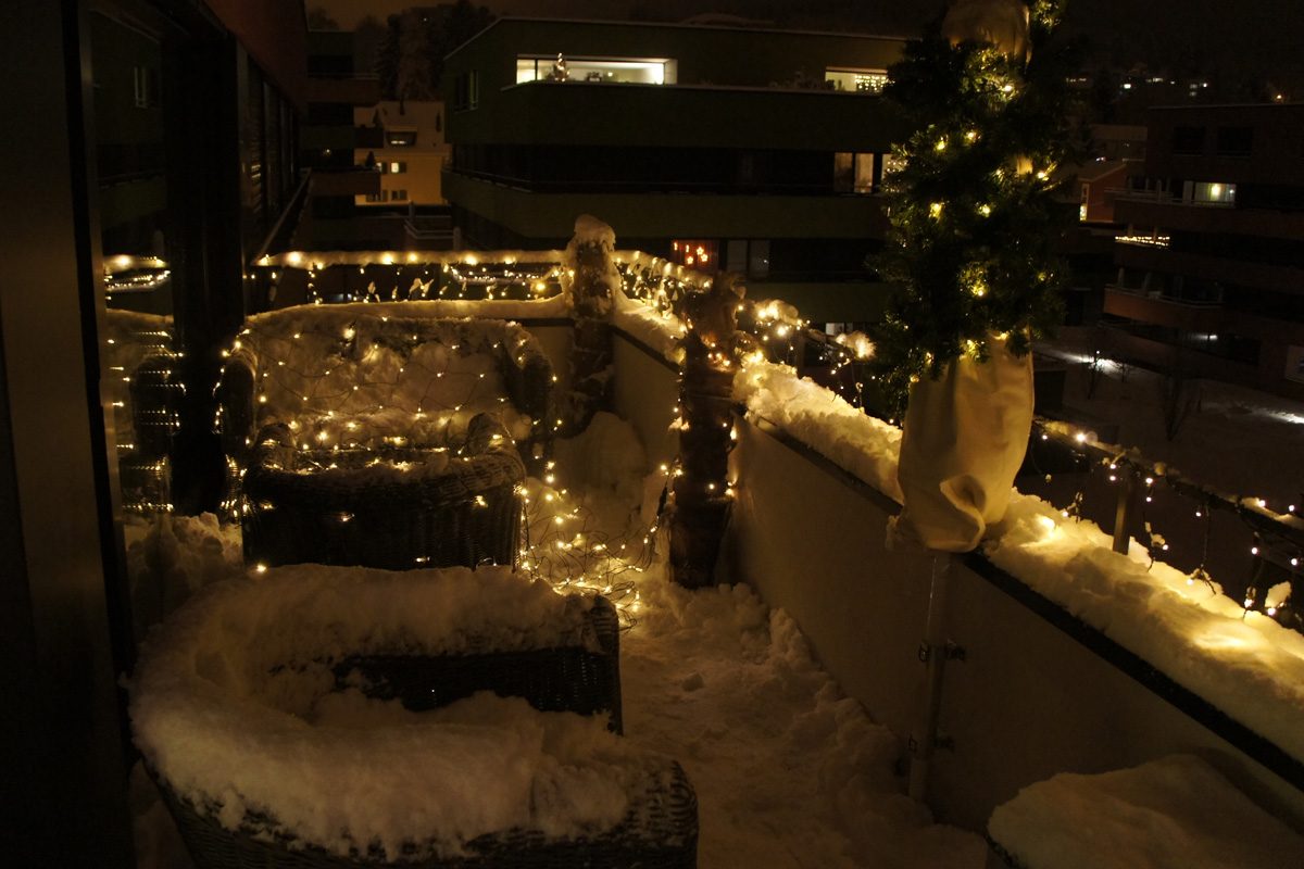 Weihnachtsbeleuchtung Für Balkongeländer.Led Video Balkonbeleuchtung Apesa