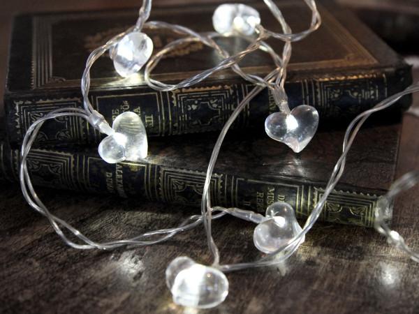 Lichterkette 10 kleine transparente LED Herzen, Batteriebetrieb