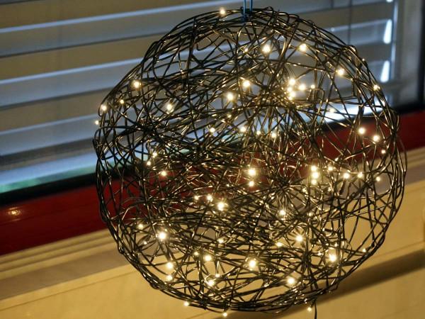 Weihnachtliche Leuchtkugel Galax, 40x40cm, schwarz, 3,6W, 100 LED, outdoor