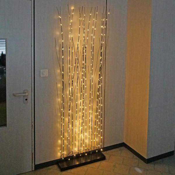 Weidenzweig Dekorwand schwarz 16 Leuchtzweige Sockel, 320 LED, indoor