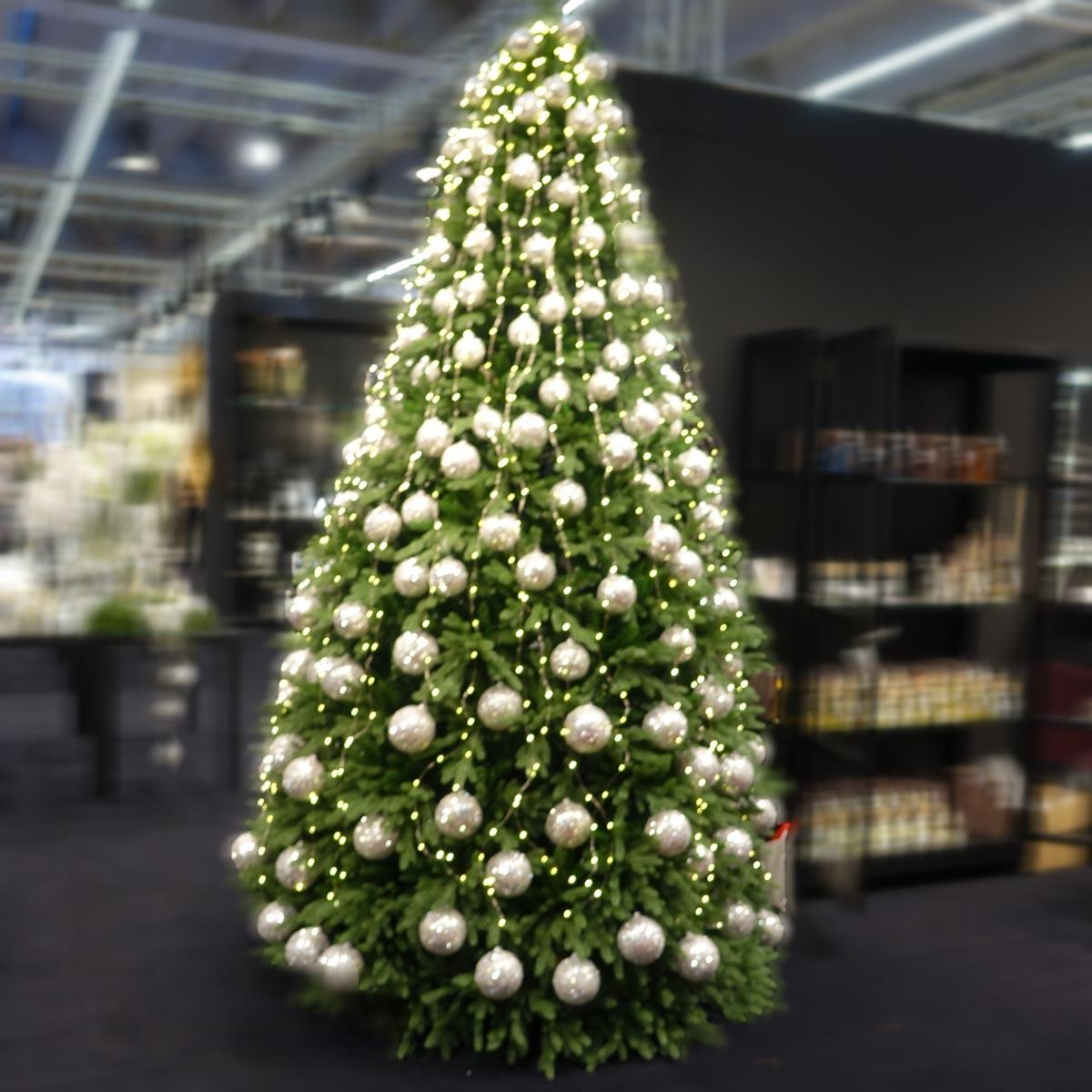 Engelshaarlichterketten für herrlich dekorierte Weihnachtsbäume