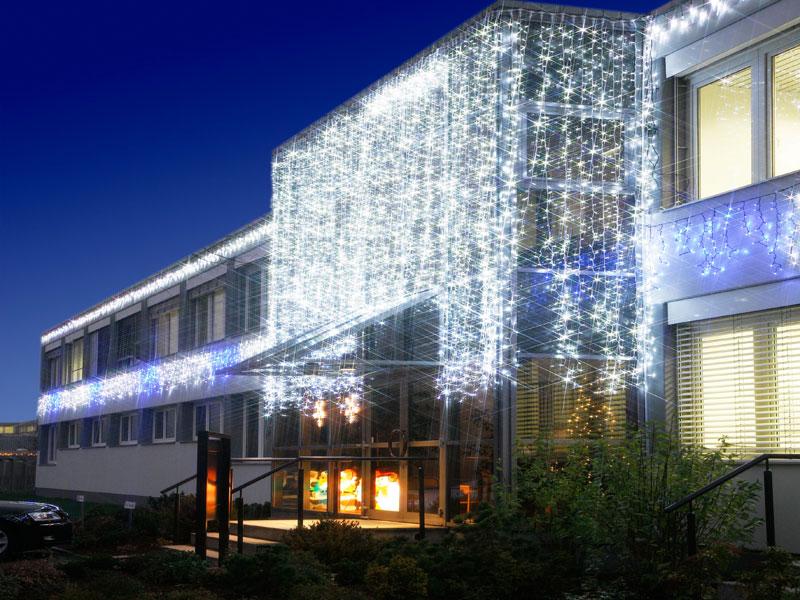 System LED mit kaltweissen Lichterketten