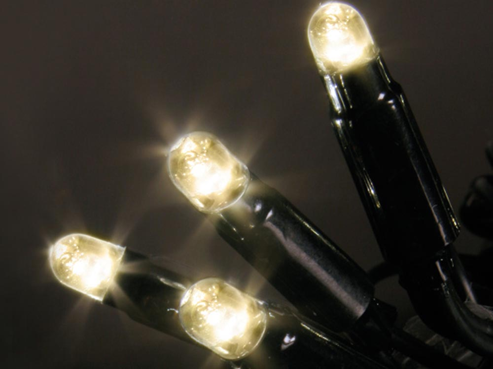 System 24 LED, weil es perfekte und warmweisse Lichter hat