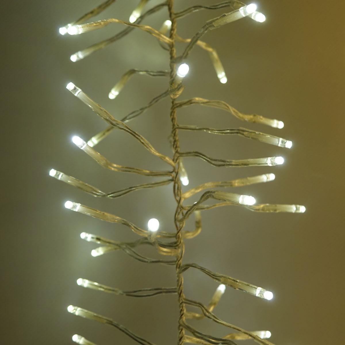 Büschellichterkette als transparente Igellichterkette